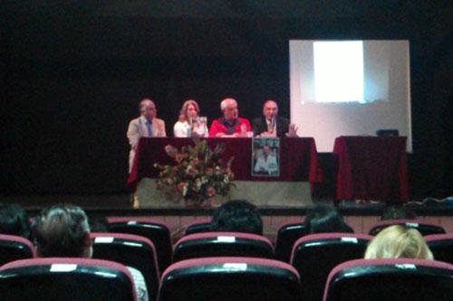 Momento de la presentación del libro
