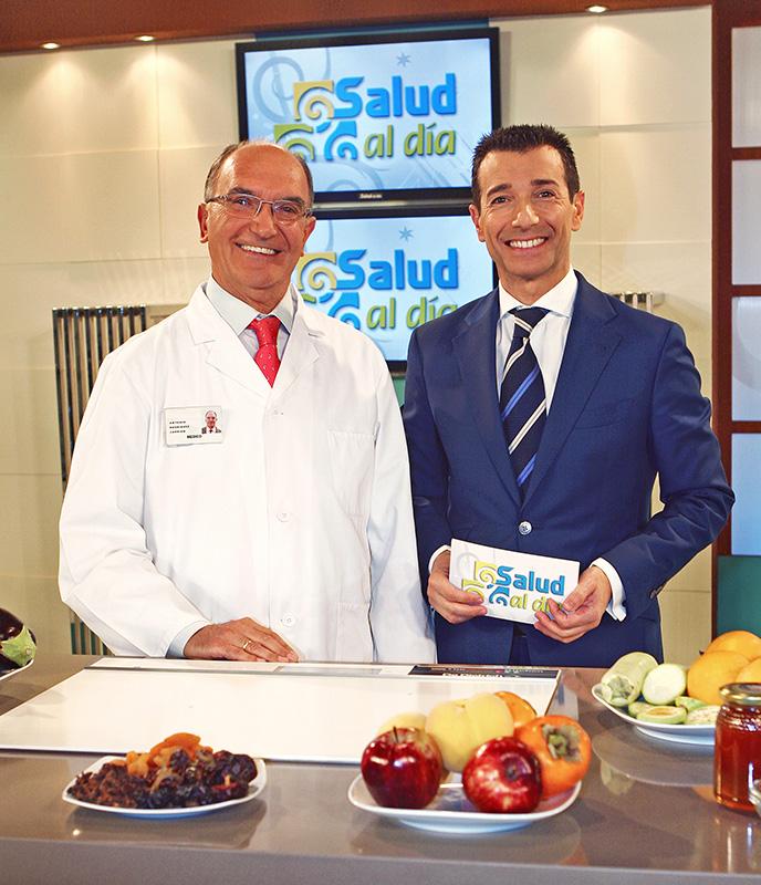 Antonio Rodríguez Carrión y Roberto Sánchez Benítez, en la grabación del programa 'Salud al día', de Canal Sur TV