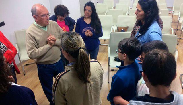 El Dr. Rodríguez Carrión impartiendo el taller