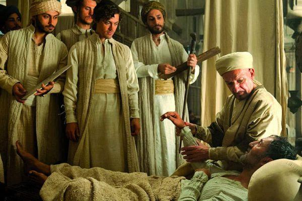 Fotograma de la película 'El médico', dirigida por Philipp Stölzl (2013) y adaptada de la novela de Noah Gordon