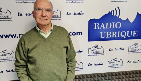 El Dr. Antonio Rodríguez Carrión en Radio Ubrique